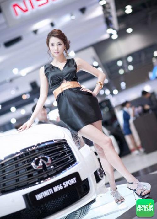 Người đẹp khoe sắc tại triển lãm xe hơi Seoul Motor Show 2011, 100, Mai Tâm, Mua Bán Xe Nhanh, 04/01/2017 10:21:51